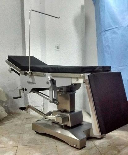 servicio de mesas de cirugía, autoclaves,lámparas quirófano