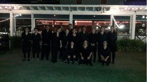 servicio de mozos barman asadores auxiliar pizzeros porteros