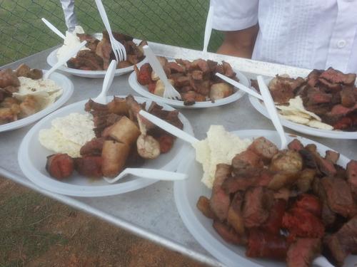 servicio de parrilla express catering carne en vara y todo