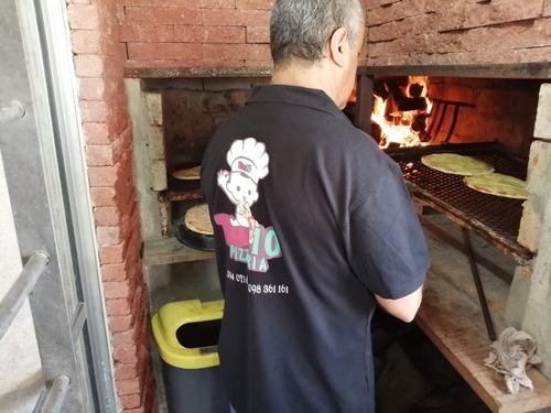 servicio de pizzas a la parrilla