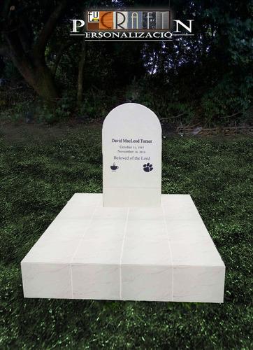 servicio de placas, lápidas y urnas personalizado
