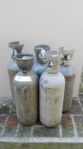 servicio de recarga de cilindros con ar, mezcla, co2, oxigen