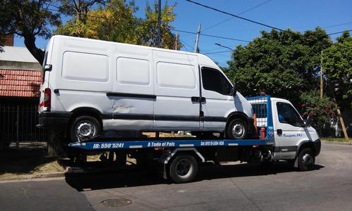 servicio de remolques,traslado de vehículos.