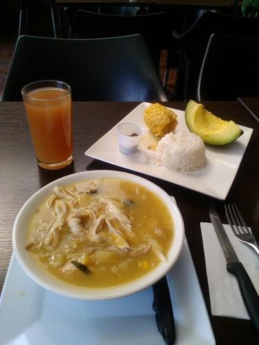 servicio de restaurante a domicilio -platos especiales