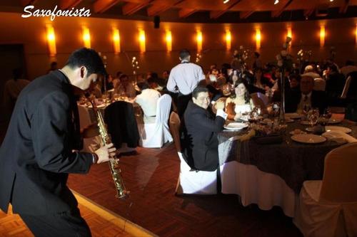 servicio de saxofonista, amenizar cena,show  saxofon eventos