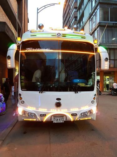 servicio de transporte alquiler de vehículos
