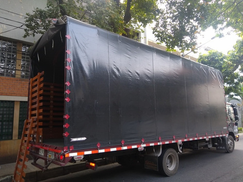 servicio de transporte de alimentos y carga