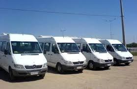 servicio de transporte ejecutivo (camionetas vans)