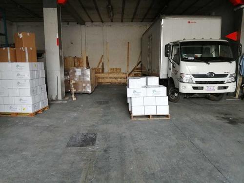 servicio de transporte terrestre, maniobra y almacen