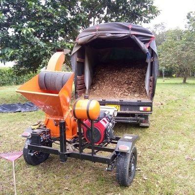 servicio de triturado/chipeado de troncos y ramas. cobro xm3