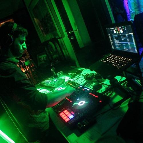 servicio dj disc jockey - fiestas, sonido e iluminacion!