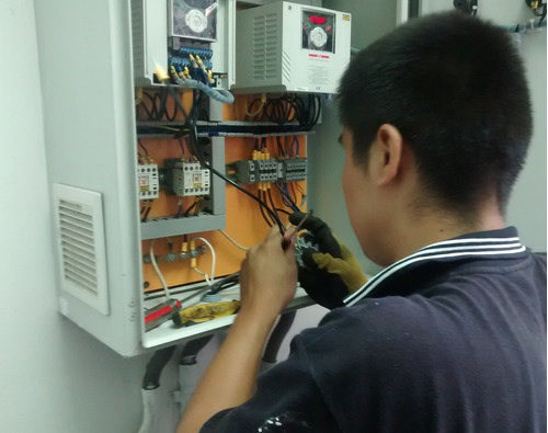 servicio eléctrico, electricista
