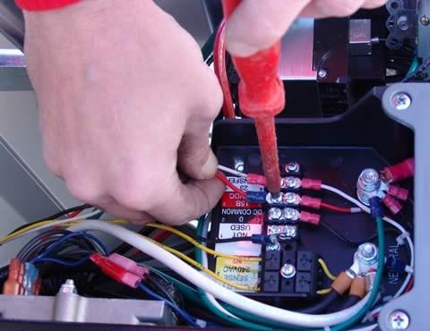 servicio electrico para maquinaria pesada