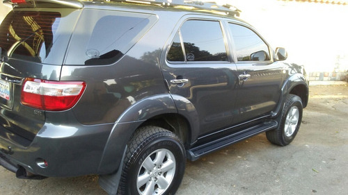 servicio latoneria, pintura vehículo