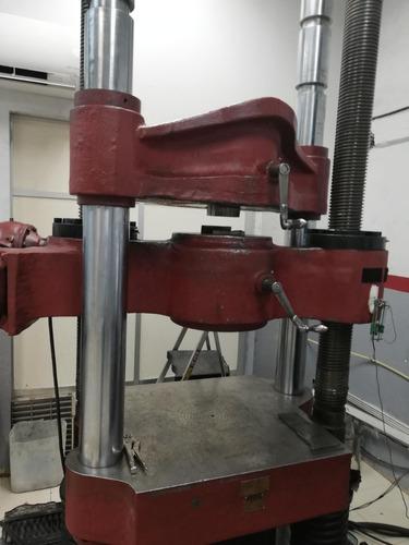 servicio metalúrgico y maquinado de probetas