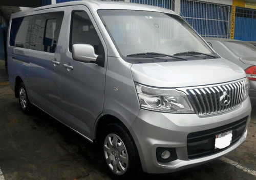 servicio minivan traslados y paseos (+ chofer, cap 10 pasaj)