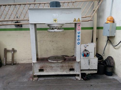 servicio prensa hidraulica montaje cauchos montacargas