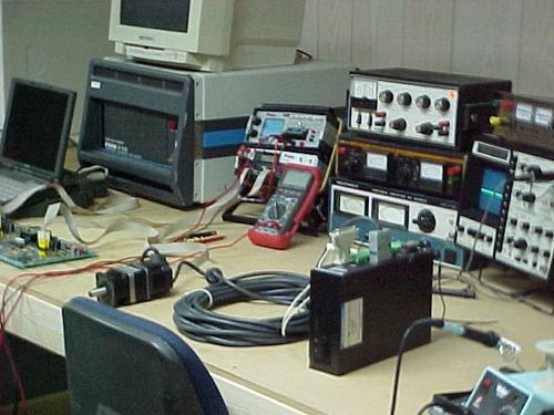 servicio técnico maquinas cnc reparacion fanuc mitsubishi