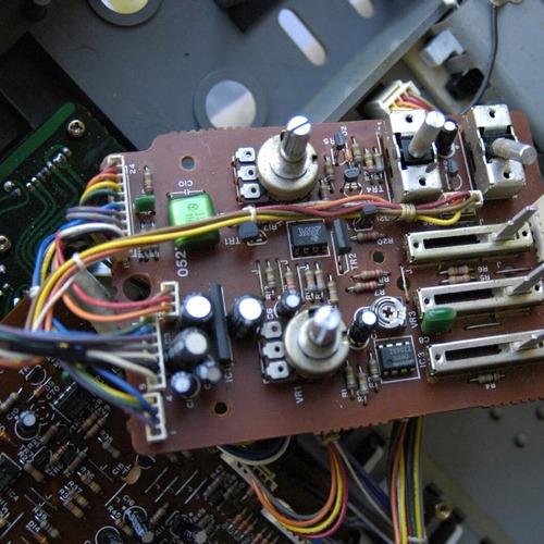 servicio técnico reparacion teclados pianos eléc. sintes