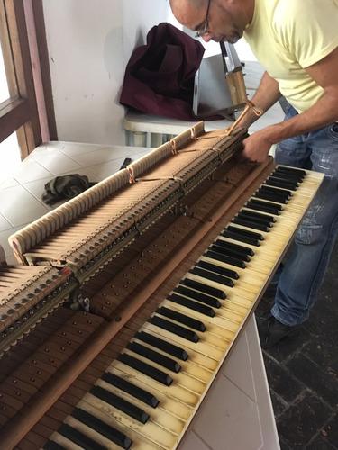servicio técnico, reparación y afinación de pianos.