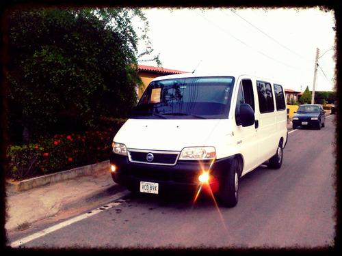 servicio turistico de van en la  isla de margarita venezuela