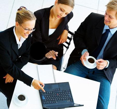 servicios de asesoramiento financiero y contailidad