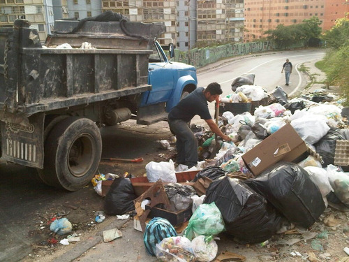 servicios de bote de escombro, basura y fletes