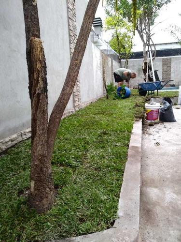 servicios de jardinería paisajismo y diseño.