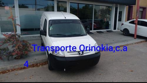 servicios de transporte de encomienda y carga liviana