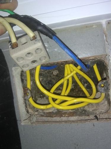 serviço de eletricidade completo