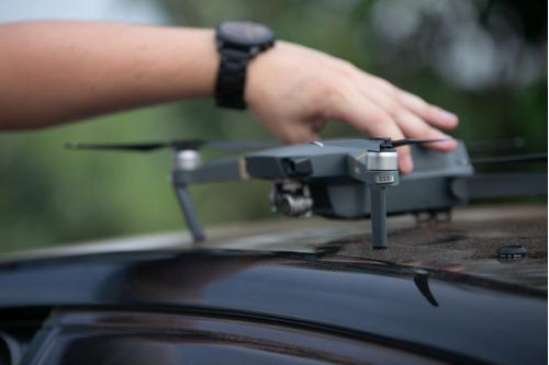 serviço de filmagens aéreas com drones profissionais