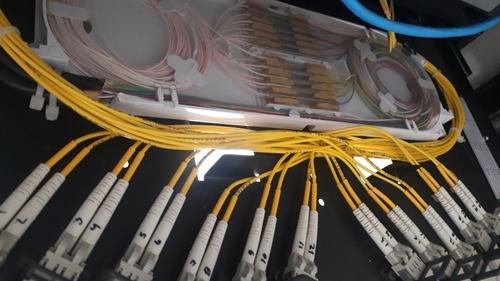 serviço de fusão em fibra óptica