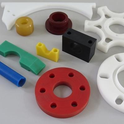 serviço - usinagem de peças plásticas ...