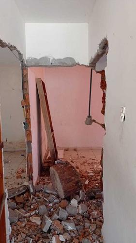 serviços de demolição