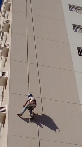 serviços de pintura de fachada de prédio e pinturas em geral