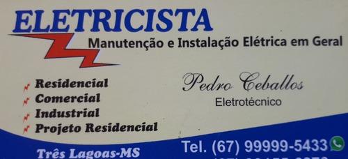 serviços em eletricidade.