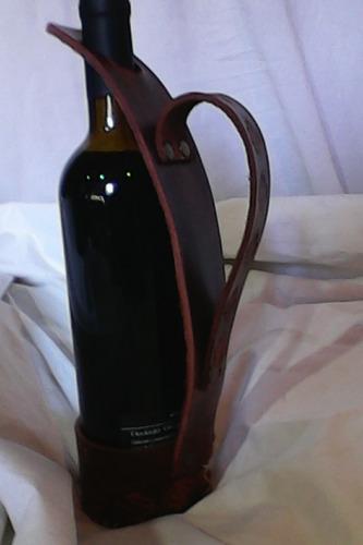 servidor de vino de cuero