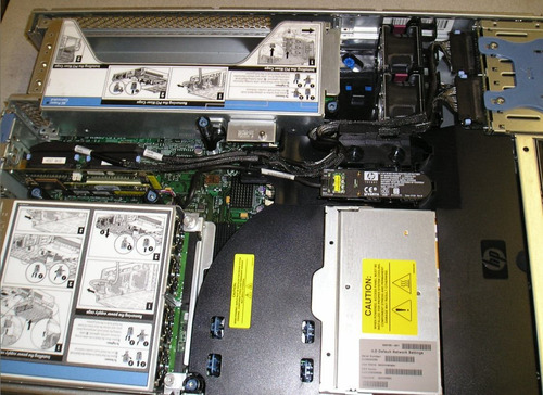 servidor hp dl380 g5,2xeones corequad 2.66, 4 gigas, 2x146
