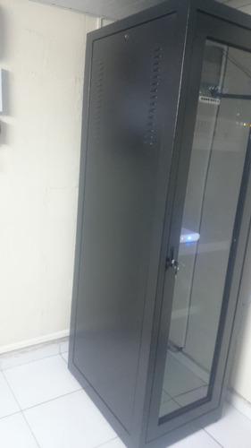 servidor ibm com armario montado 5 anos de uso estado de nov