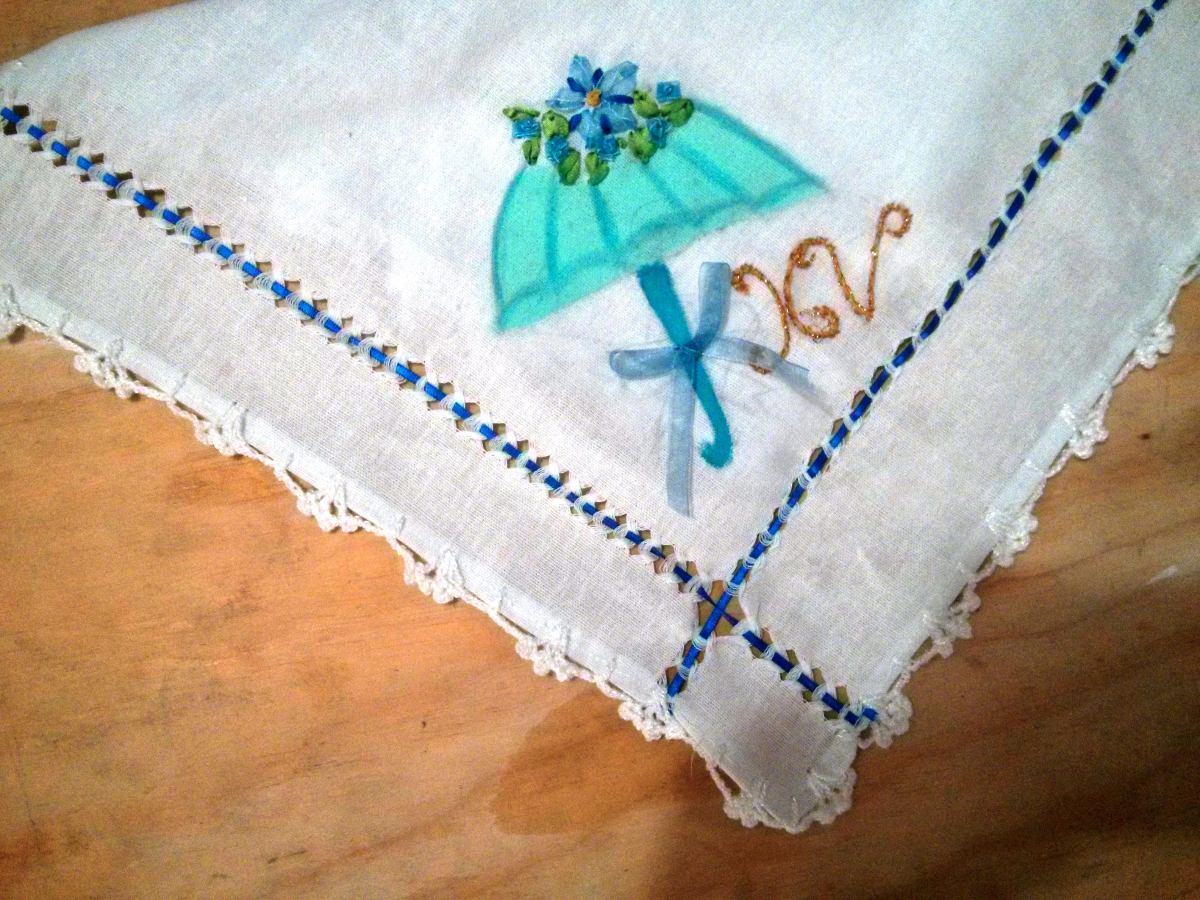 Servilletas bordadas recuerdos xv a os mod x3 for Decoracion de servilletas