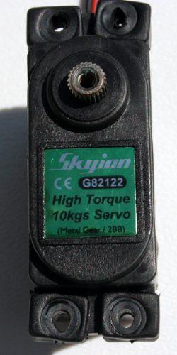 servo airtronics-skyion 144 oz -10kg high torque metal gear