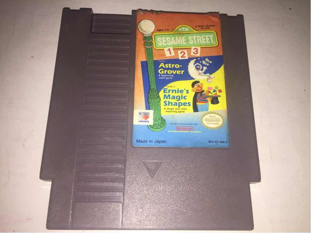 Sesame Street 1 2 3 Ernies Magic Shapes Nes (cementerio De - $ 50 00