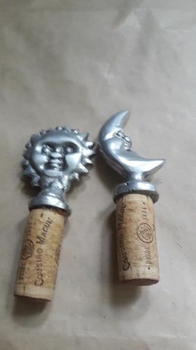 set 2 adornos pewter protector  botella mexicano sol y luna