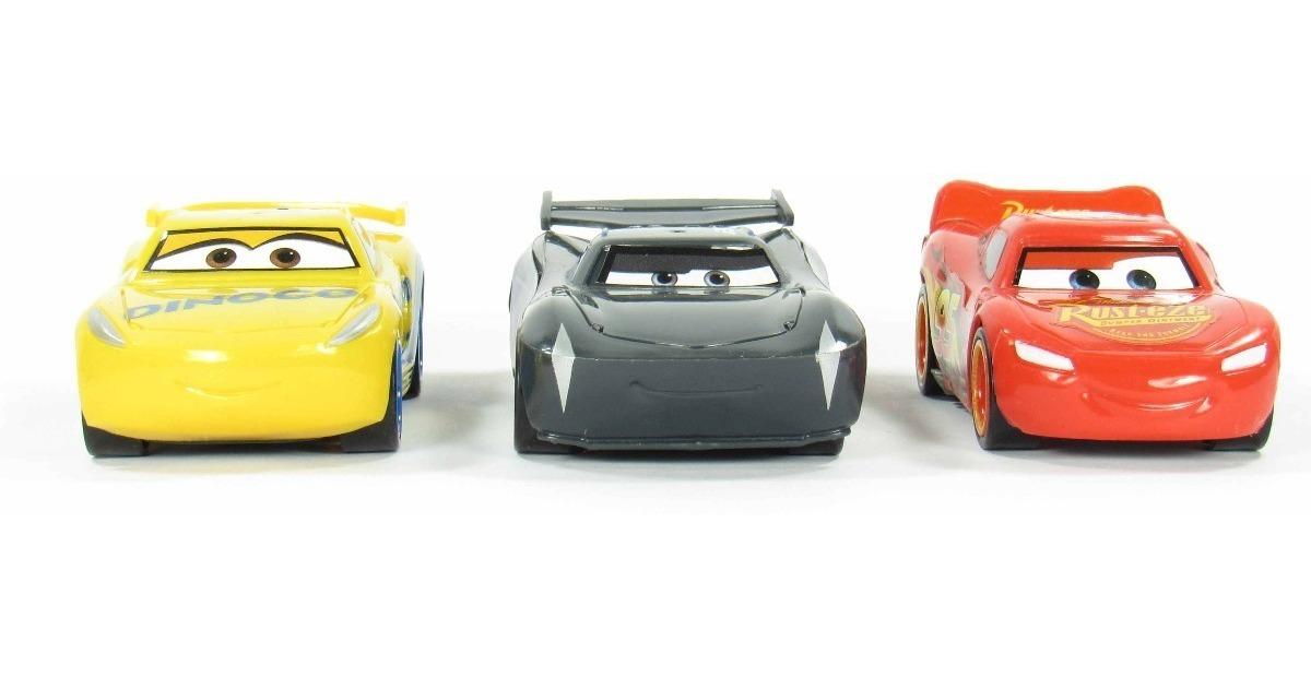 Gasolinera Retrotraccion Y Set Tm2 Cars3 3 Juguete Coches nwvmN80