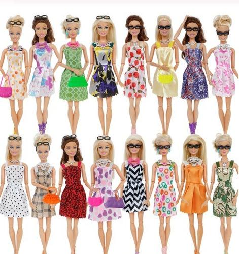 set 32 accesorios ropa para barbie y otras muñecas
