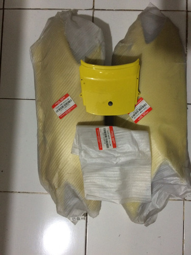 set cachas traseras scooter suzuki an125 -3 piezas-amarillo