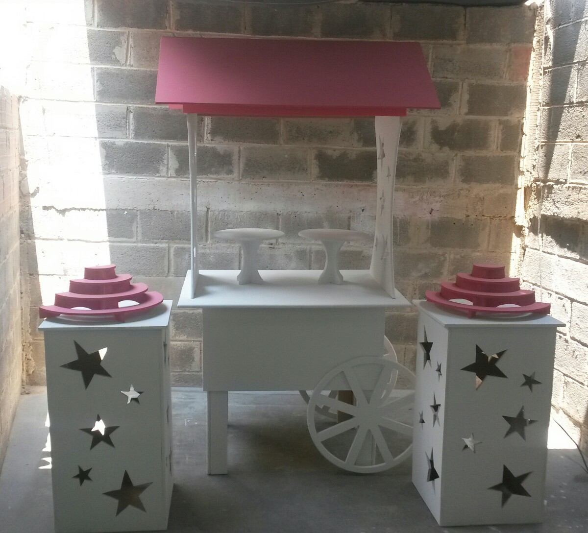 Set carreta mobiliario candy bar para mesa d dulces for Mobiliario para bar