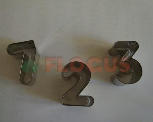 set cortante set numeros medianos flogus porcelana masa