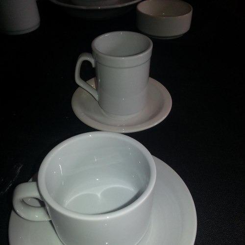 set de 12 piezas platos playos 25 cm tsuji linea blanca  cs
