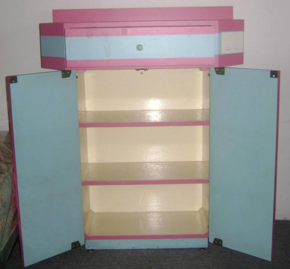 Set de 15 muebles para estetica empieza tu negocio for Muebles para negocio